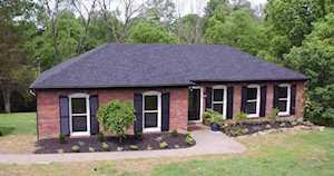 6306 Oak Lea Dr Crestwood, KY 40014