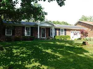 2606 Windsor Forest Dr Louisville, KY 40272