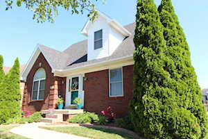 10717 Spring Lawn Dr Louisville, KY 40291