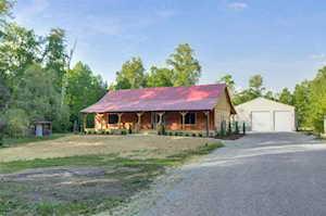 568 Mccubbins Farm Ln Shepherdsville, KY 40165