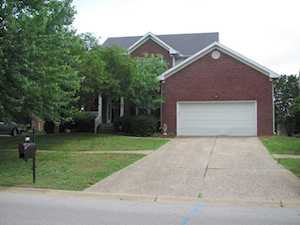 3309 Indian Lake Dr Louisville, KY 40241