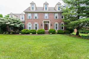 2405 Willowbrook Ct Prospect, KY 40059