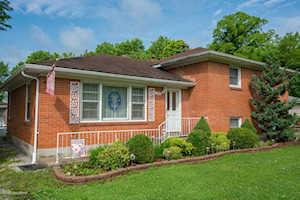 9604 W Manslick Rd Louisville, KY 40272