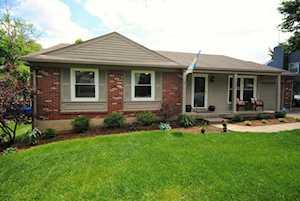 12506 Farmbrook Dr Louisville, KY 40243