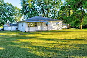 93 Shady Lane Midway, KY 40347