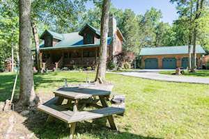 284 Pine Creek Rd Shepherdsville, KY 40165