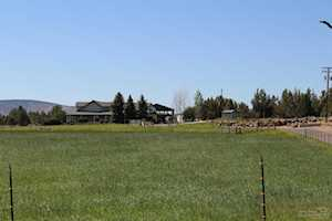 24585 Dodds Road Bend, OR 97501