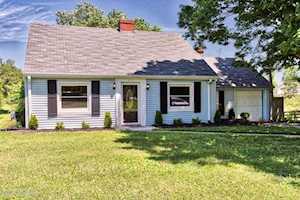 219 Old Veechdale Rd Simpsonville, KY 40067