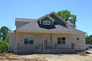 7394 Grand Oaks Dr Crestwood, KY 40014