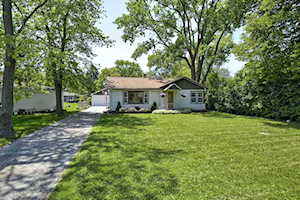 207 E Rust Trl Willow Springs, IL 60480