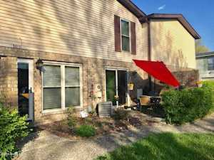 3013 Groveview Ct Louisville, KY 40214