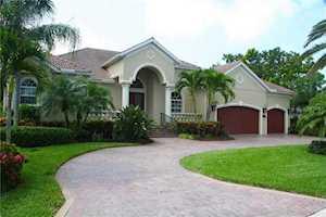 547 Blue Jay Place Sarasota, FL 34236
