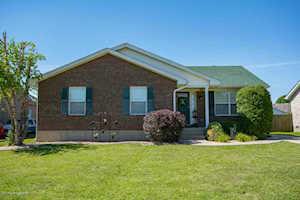 161 Drake Dr Shepherdsville, KY 40165