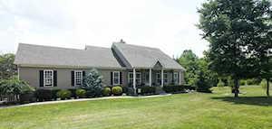 716 Crescent Ridge Dr Taylorsville, KY 40071