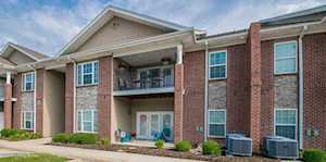 9402 Clubview Dr Louisville, KY 40291