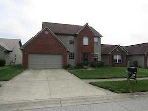 6005 Woodhaven Place Cir Louisville, KY 40228