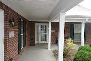 791 Garden Pointe Dr Simpsonville, KY 40067