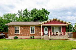 3806 Pinecroft Dr Louisville, KY 40219
