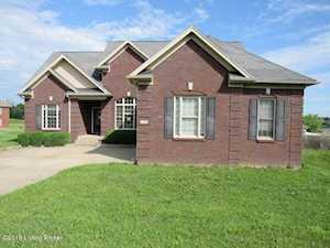39 Acorn Ct Taylorsville, KY 40071