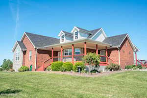 3913 Old Bloomfield Rd Bardstown, KY 40004