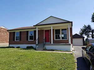5218 Chasewood Pl Louisville, KY 40229
