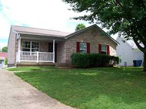 9707 Springwater Ct Louisville, KY 40229