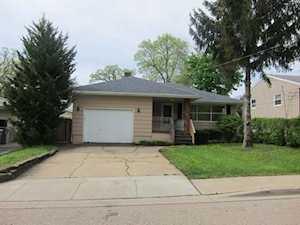 407 Rays Lane Mundelein, IL 60060