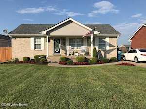 301 Drake Dr Shepherdsville, KY 40165