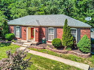 7613 Cove Dr Louisville, KY 40291