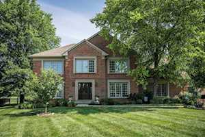 6100 Chinaberry Ct Louisville, KY 40059