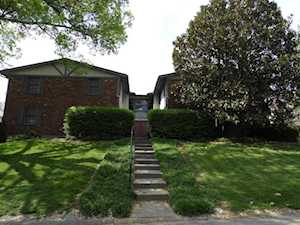 2727 Riedling Dr Louisville, KY 40206