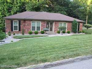 8901 Mountain Brook Dr Louisville, KY 40272