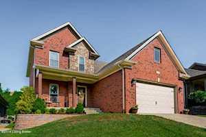 3930 Bristol Oaks Dr Louisville, KY 40299