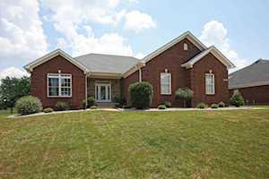 218 N Cole Ridge Dr Shepherdsville, KY 40165