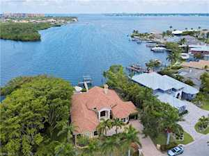 834 Cal Cove Dr Fort Myers, FL 33919
