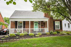 218 Marshall Dr Louisville, KY 40207