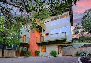 1107 Riverside Dr #B Austin, TX 78704