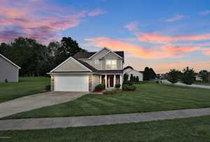 410 Cactus Cove Cove Shelbyville, KY 40065