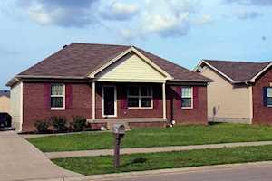 947 Tecumseh Dr Shepherdsville, KY 40165