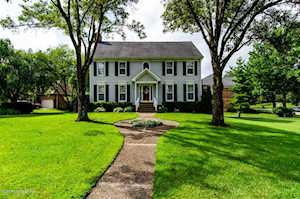 1014 Garden Creek Cir Louisville, KY 40223