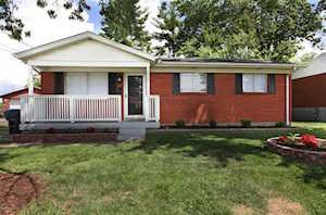 3311 Twin Oak Ln Louisville, KY 40219
