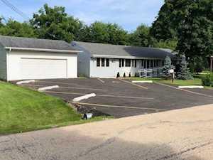 16426 Des Plaines Drive Libertyville, IL 60048