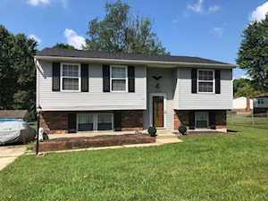 4002 Northumberland Dr Louisville, KY 40245