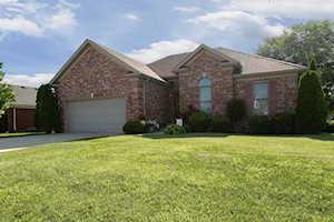 269 N Westwood Dr Shepherdsville, KY 40165