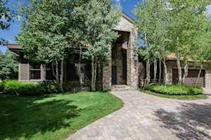310 Ranch Road Mammoth Lakes, CA 93546