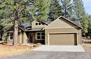 60204 Navajo Road Bend, OR 97702