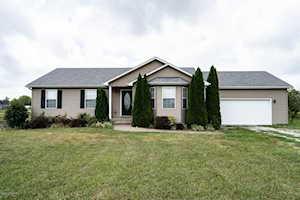 69 Webb Ln Taylorsville, KY 40071