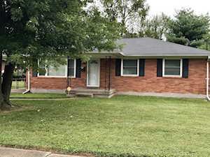 3429 Heatherfield Dr Louisville, KY 40216