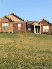 317 Elk Chase Dr Taylorsville, KY 40071