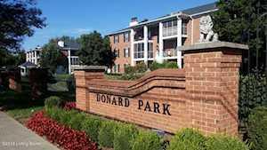 210 Donard Park Ave Louisville, KY 40218